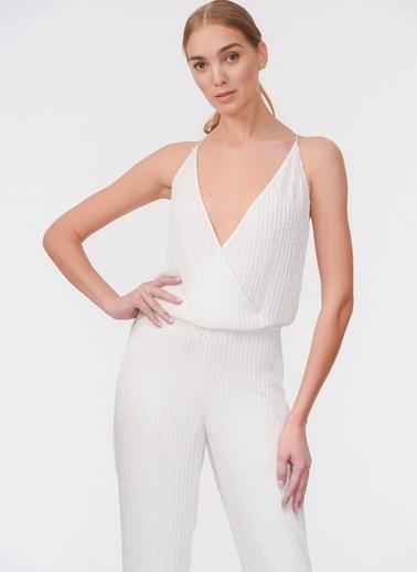 Davet Çok Elbisem Yok Tulum Beyaz